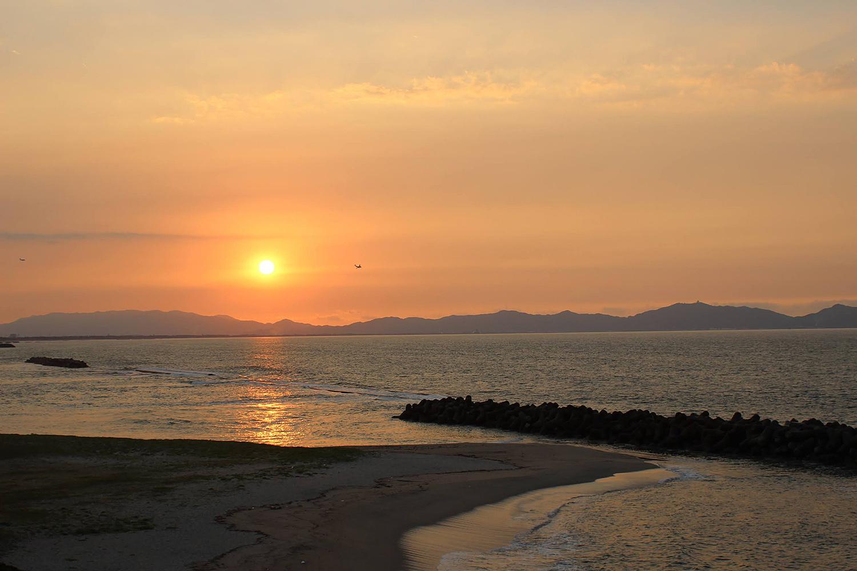 皆生温泉から眺める夕陽