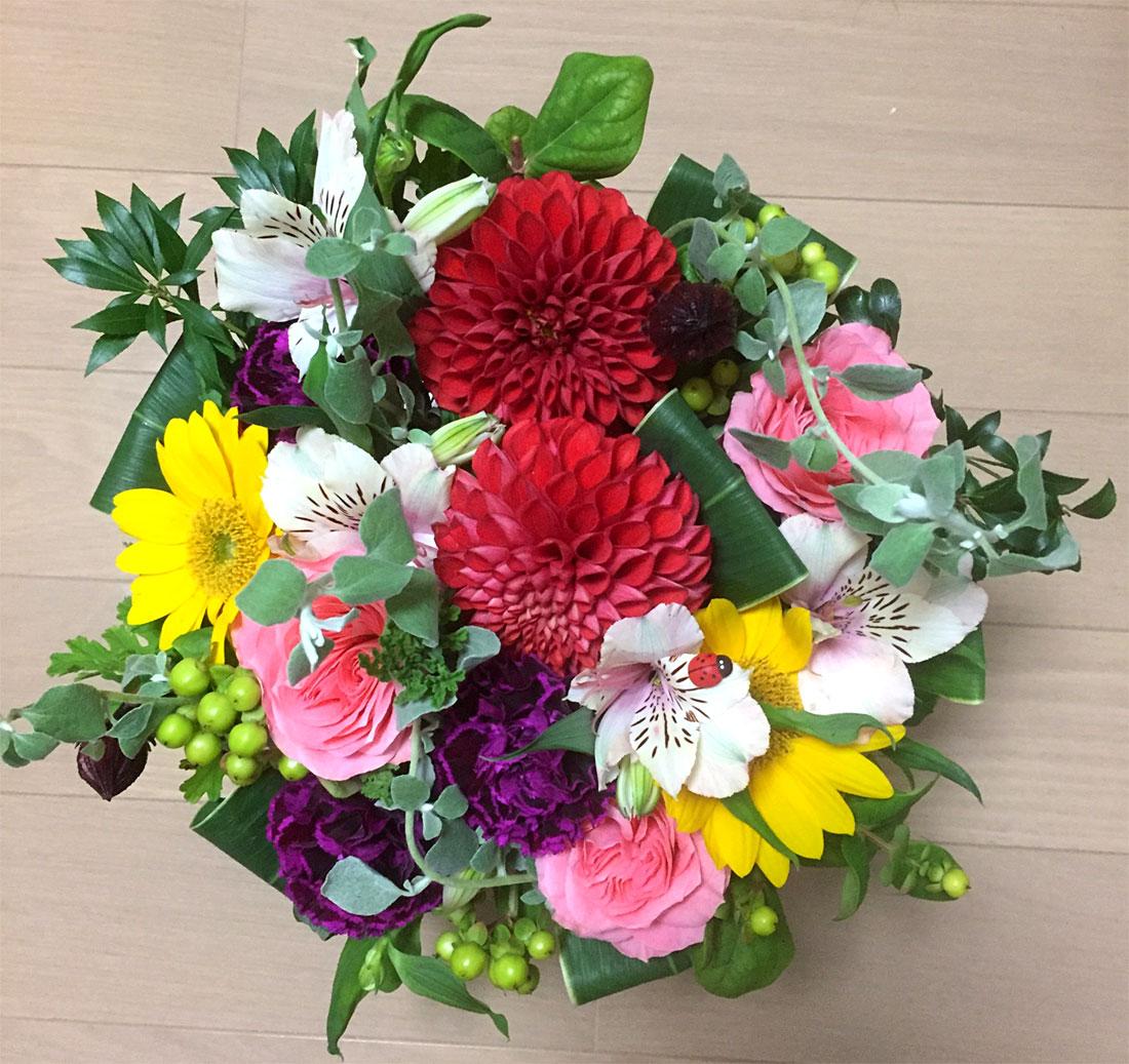 フラワーショップ花水の花束
