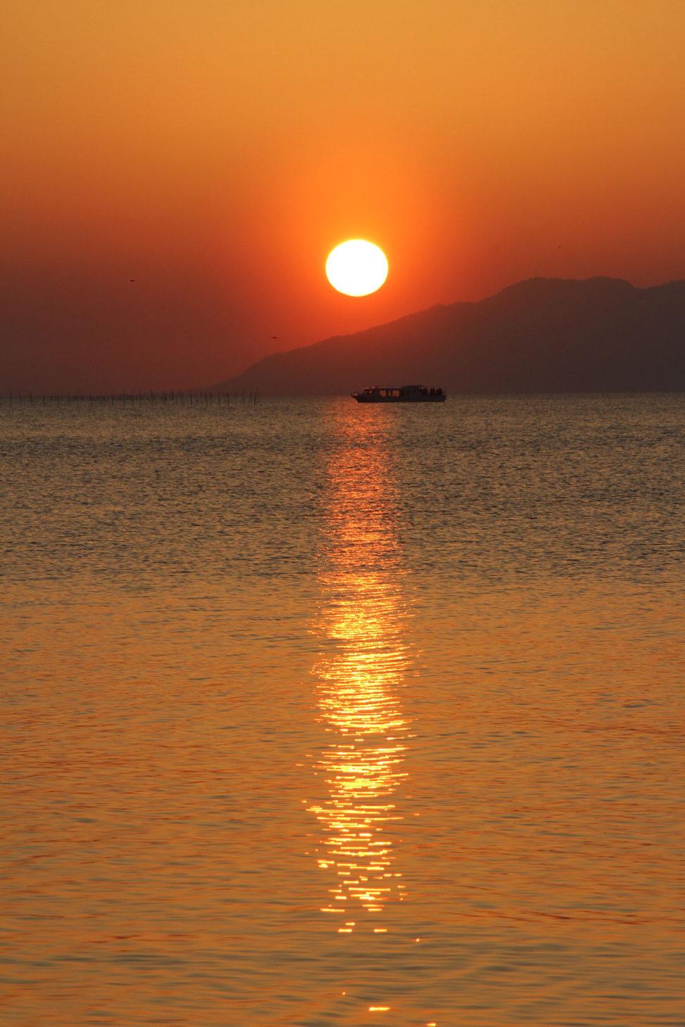 宍道湖に沈む夕陽